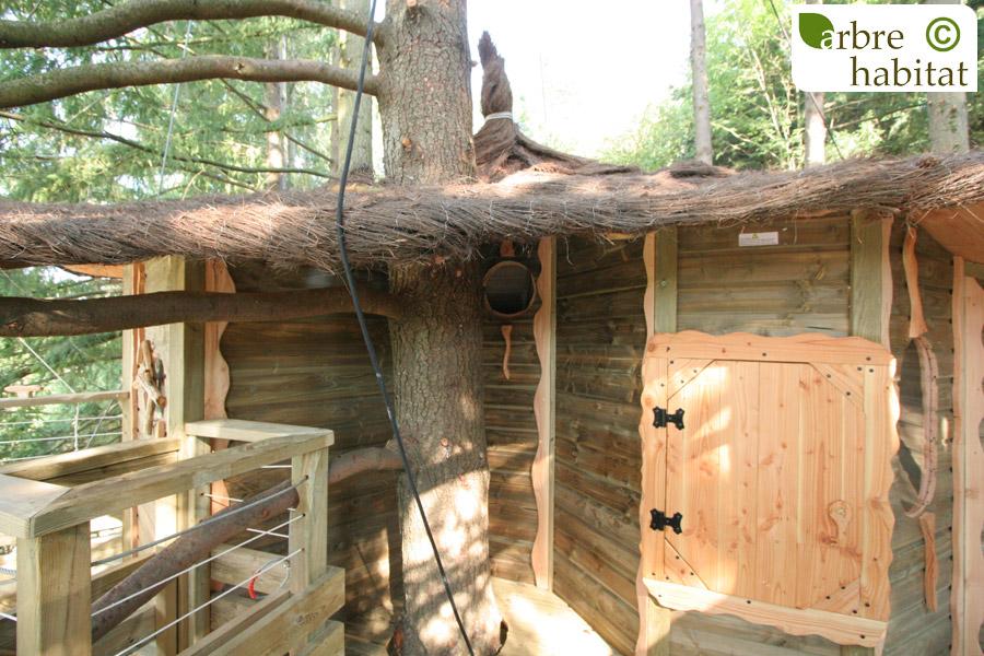 cabane h ron arbre habitat. Black Bedroom Furniture Sets. Home Design Ideas
