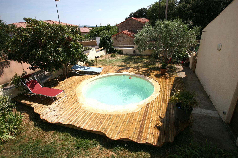 terrasse de piscine arbre habitat. Black Bedroom Furniture Sets. Home Design Ideas