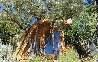 arbre habitat conception et construction bois cabanes et habitations dans les arbres. Black Bedroom Furniture Sets. Home Design Ideas