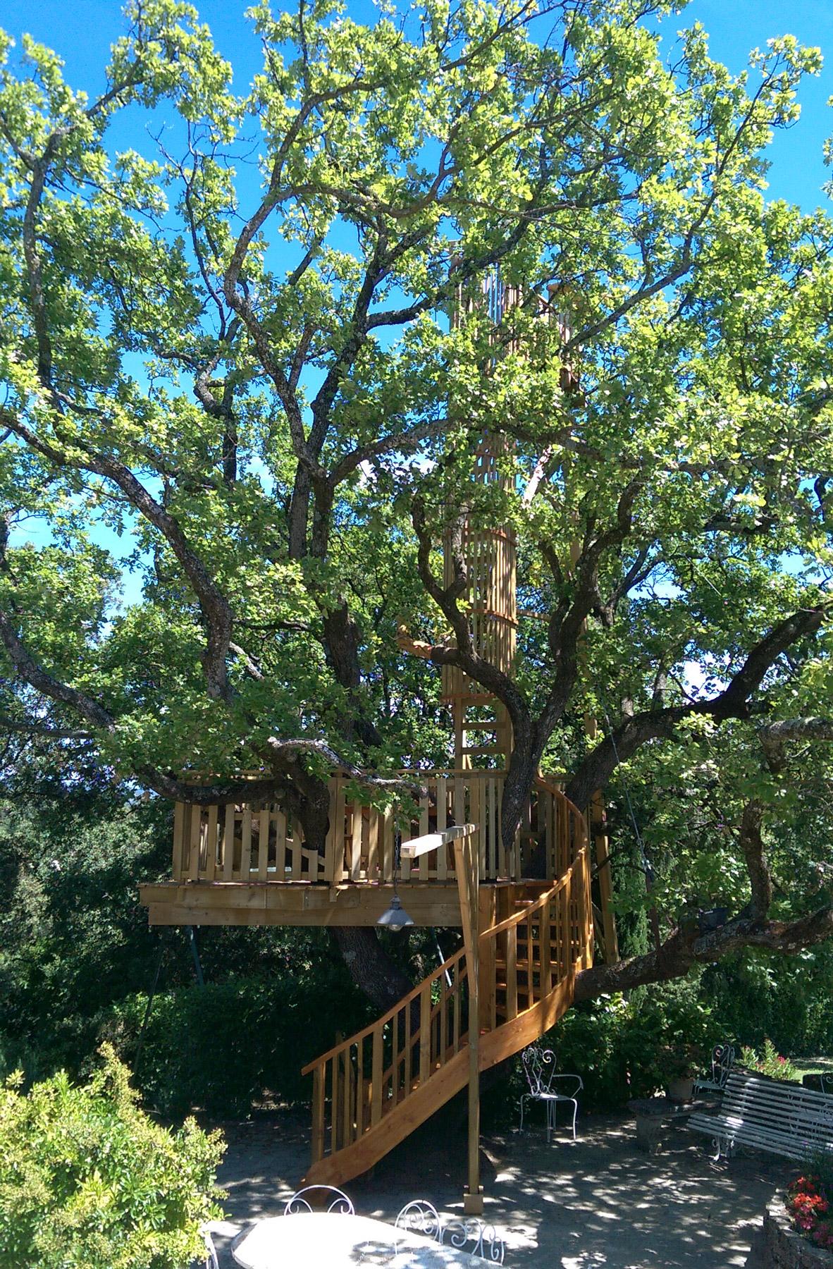 terrasse et observatoire arbre habitat. Black Bedroom Furniture Sets. Home Design Ideas